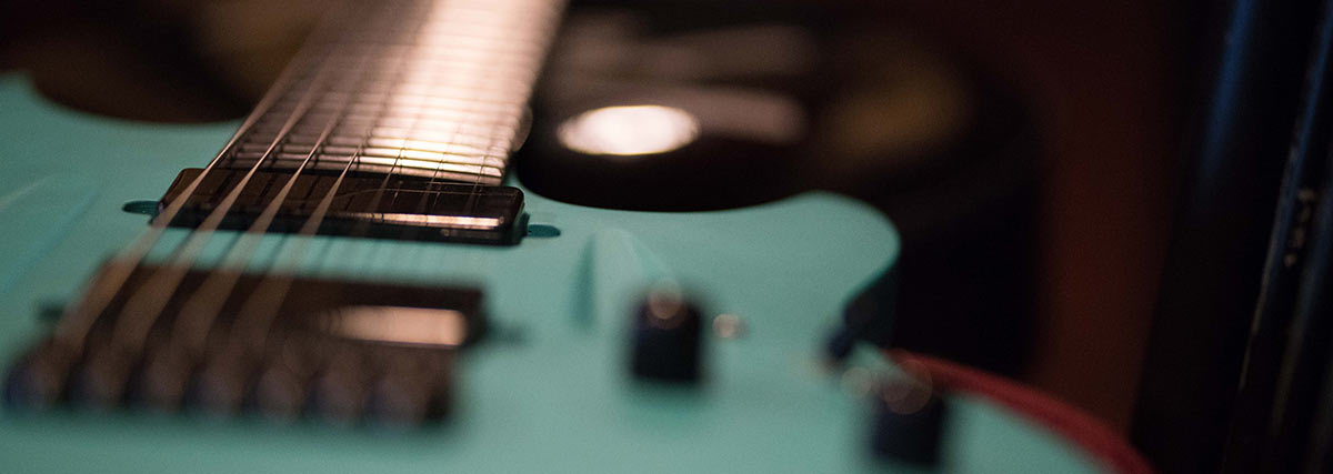 turqouise electric guitar